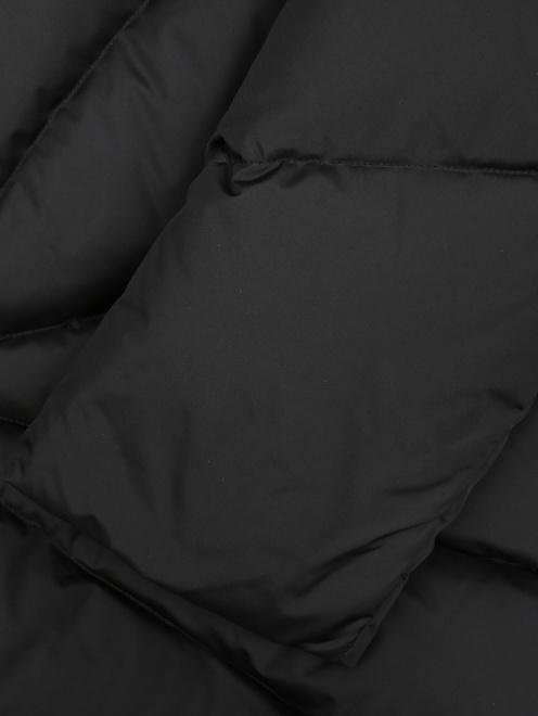 Стеганая куртка с поясом  - Деталь1