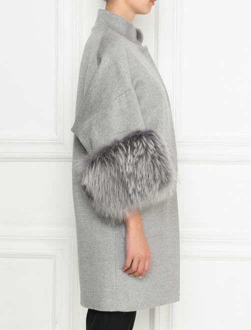 Пальто из шерсти с отделкой мехом енота - МодельВерхНиз2