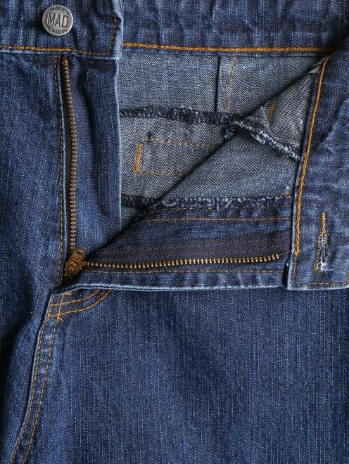 Джинсы прямого кроя с вышивкой - Деталь1