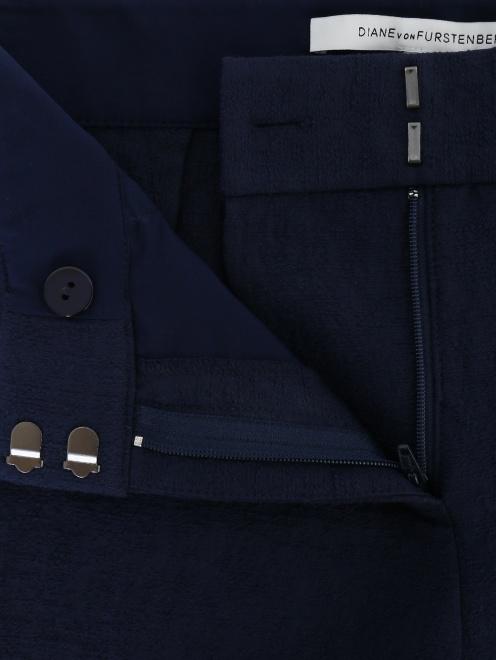 Укороченные брюки из хлопка - Деталь