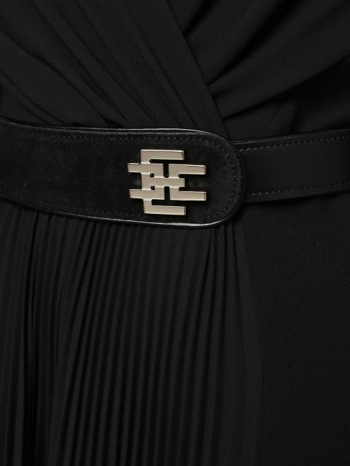Платье миди со сборкой - Деталь