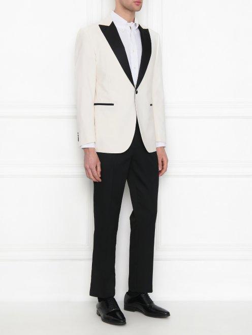 Пиджак с контрастной вставкой - МодельОбщийВид