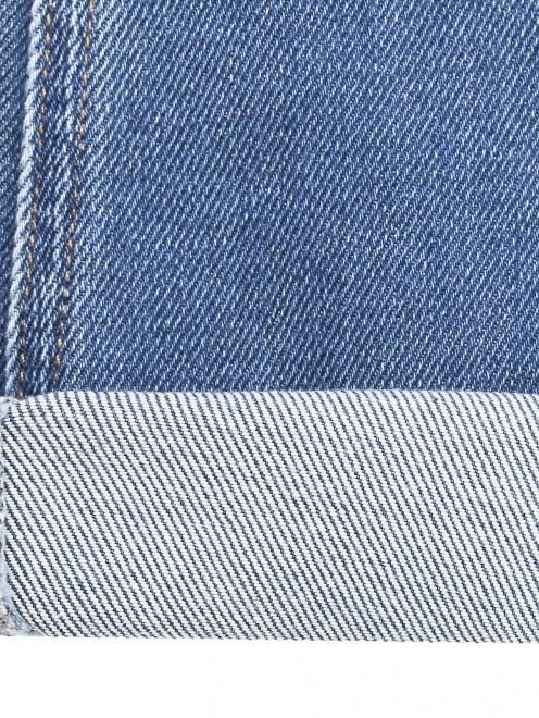 Укороченные джинсы расклешенного кроя - Деталь2