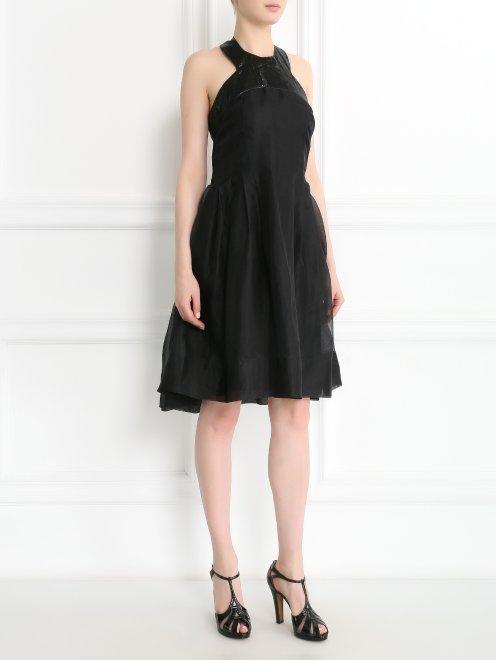 Платье из шелка - Общий вид