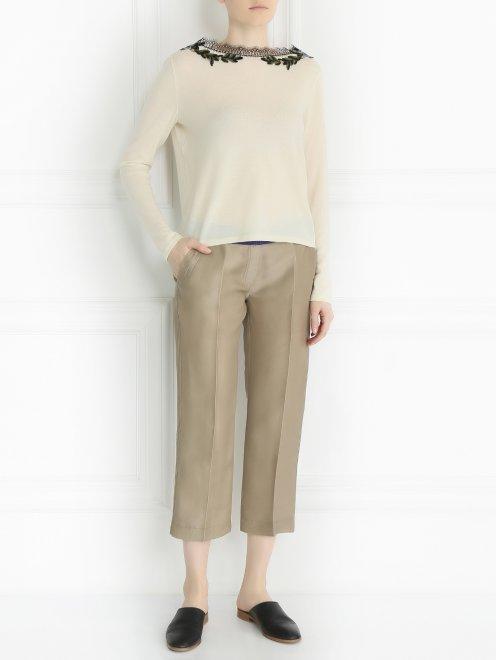 Укороченные брюки из шелка - Общий вид