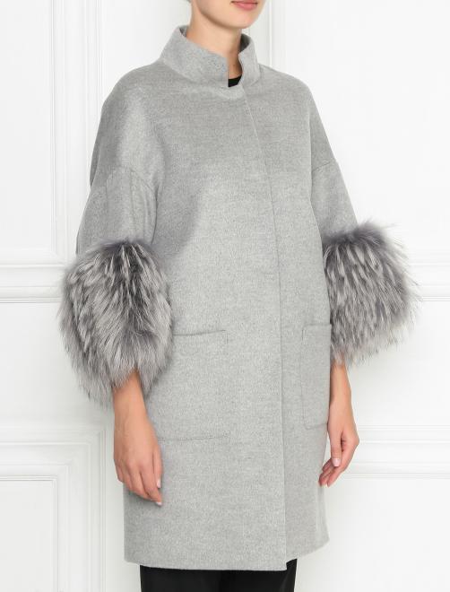 Пальто из шерсти с отделкой мехом енота - МодельВерхНиз